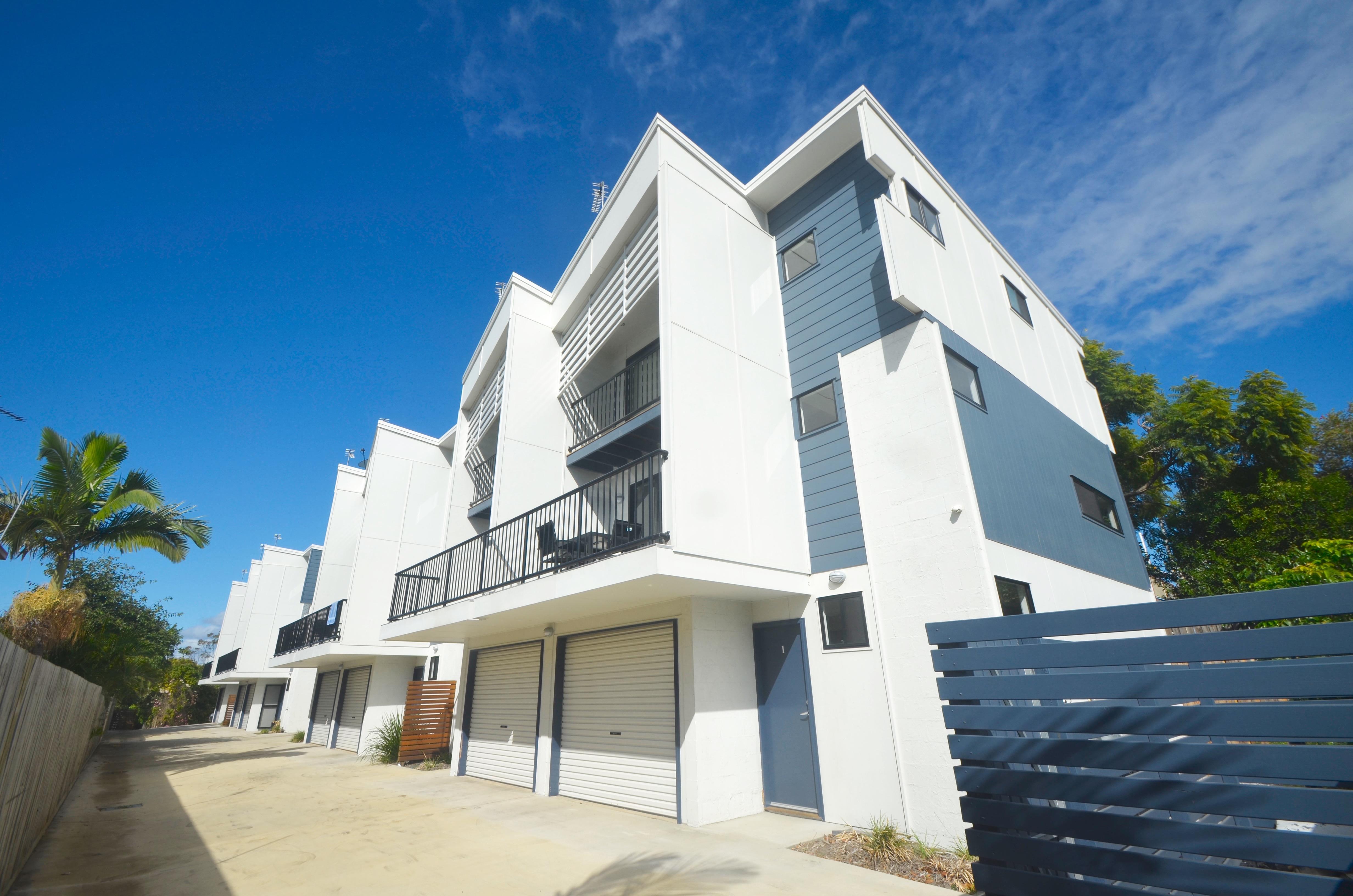Jonic Properties - Yarroon Street